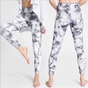 Athleta Gray/White Tie Dye Salutation Leggings | L